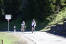 Meike und Axel erreichen die Passhöhe